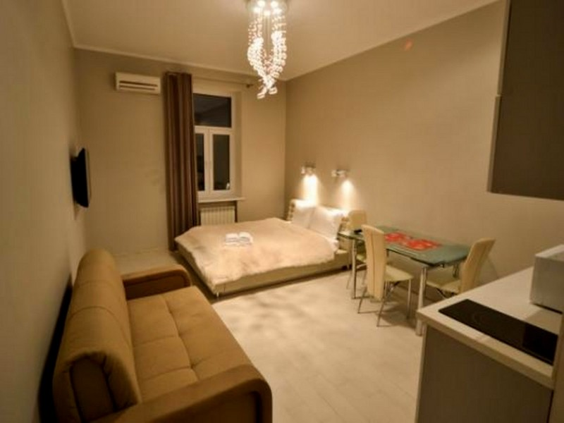 Holiday lettings studio apartment khreschatyk for Studio apartment area